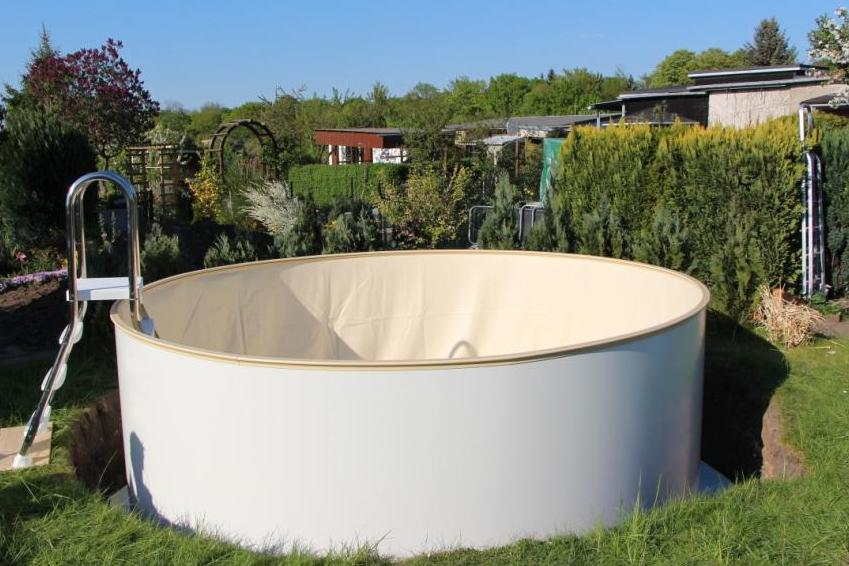 Pool zum einlassen ber ideen zu pool selber bauen auf for Stahlwandpool rund obi