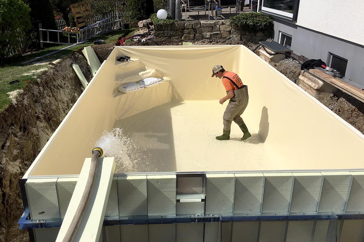 Pool in die erde einlassen excellent pool in den erdboden einlassen wer sich den genuss eines - Pool im boden einlassen ...